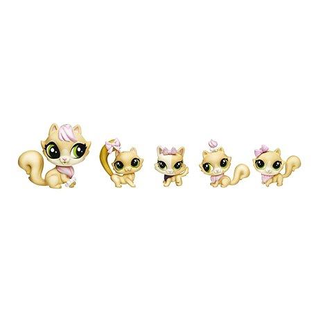 Набор игровой Littlest Pet Shop Большая семейка В1961