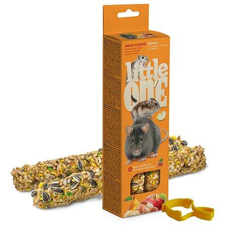 Лакомство для хомяков крыс мышей песчанок Little One Палочки с фруктами и орехами 2шт*60г 99597