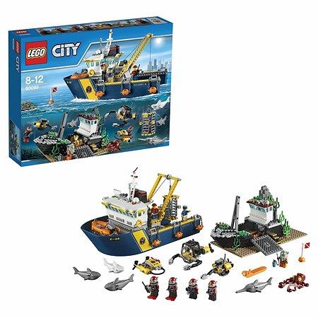 Конструктор LEGO City Deep Sea Explorers Корабль исследователей морских глубин (60095)