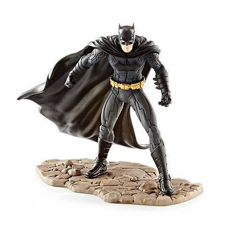Фигурка SCHLEICH Бэтмен сражается