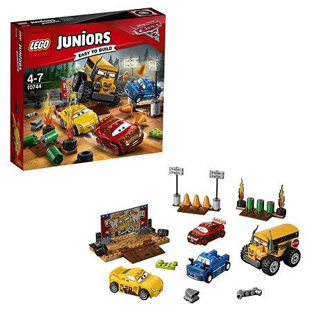"""Конструктор LEGO Juniors Гонка """"Сумасшедшая восьмерка"""" (10744)"""