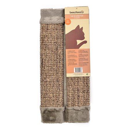 Когтеточка для кошек Beeztees угловая меховая с кошачьей мятой