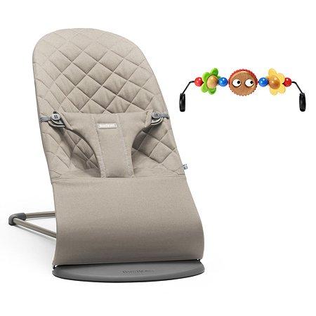 Кресло-шезлонг BabyBjorn и игрушка