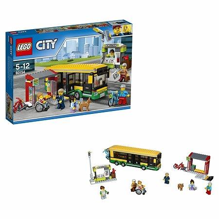 Конструктор LEGO City Town Автобусная остановка (60154)