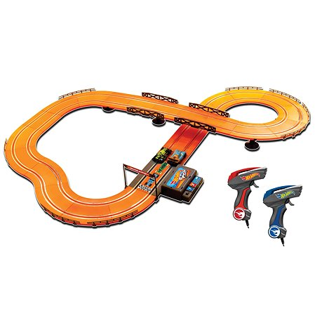 Набор с треком Hot Wheels 380см 83107