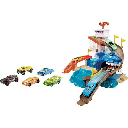 Набор Hot Wheels Порт акул (серия Color Shifters) в ассортименте BGK04