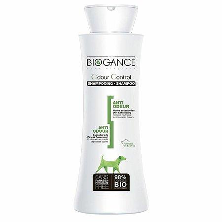 Шампунь для животных Biogance убирающий неприятные запахи 250мл