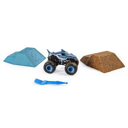 Набор игровой Monster Jam с машинкой и кинетическим песком Megladon 6053302