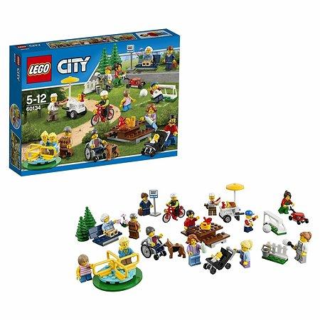 Конструктор LEGO City Town Праздник в парке — жители LEGO City (60134)