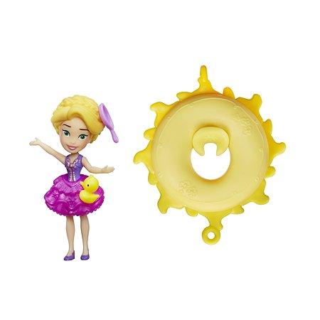 Мини-кукла Princess Hasbro плавающая на круге Рапунцель B8938EU40