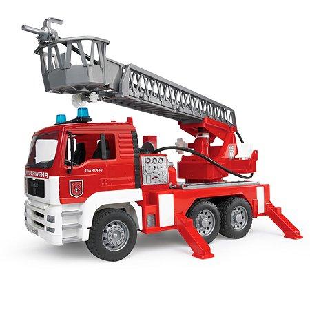 Пожарная машина Bruder MAN со светом и звуком 1:16