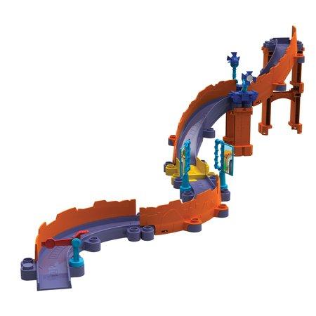 Игровой набор Chuggington Die-Cast Храбрый Брюстер (паровозик Брюстер + трек + мост)